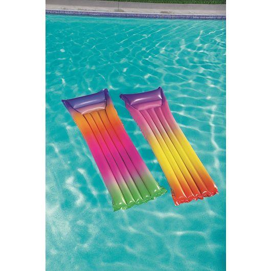 Luftmadras til pool ass. designs - multifarvet