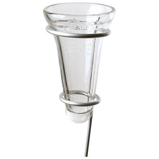 Regnmåler i glas på spyd
